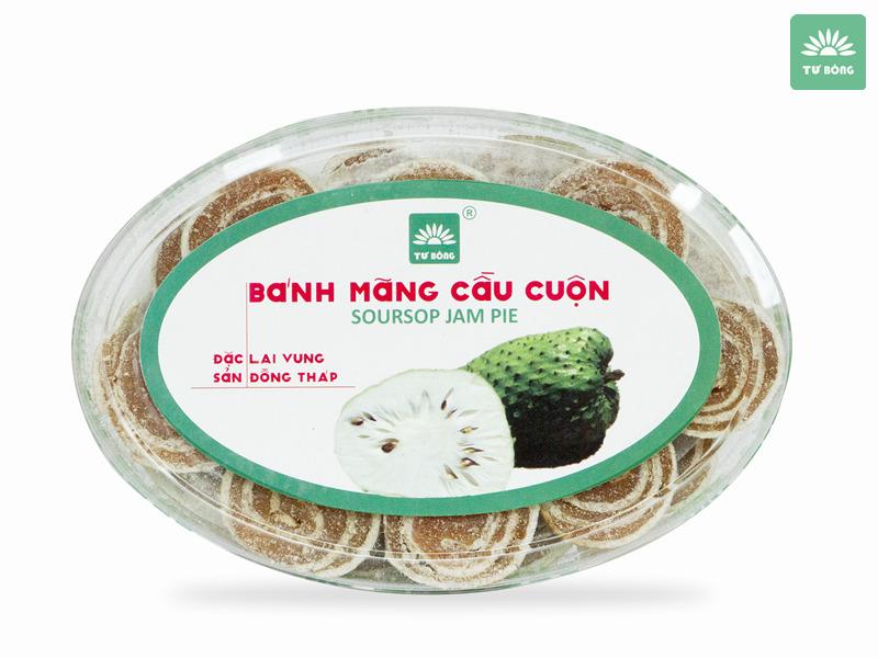 Tại Tư Bông, bánh luôn được chế biến theo công thức gia truyền mang hương vị đặc trưng