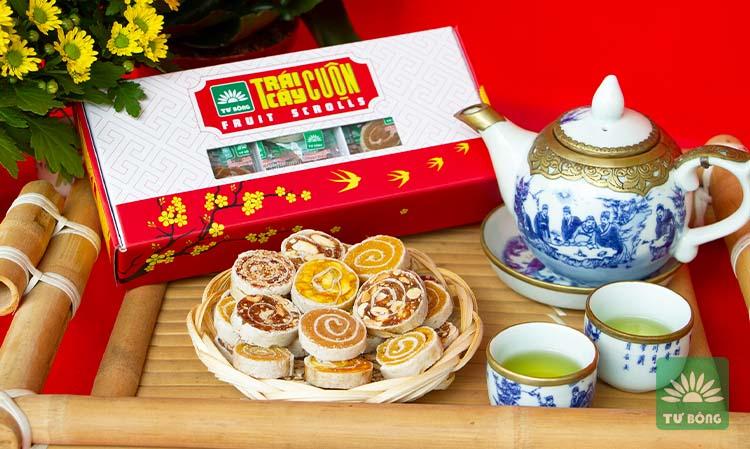 Kinh doanh sản phẩm online bánh trái cây cuộn Tư Bông